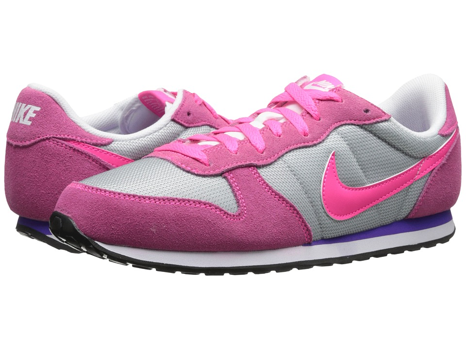 Nike - Genicco (White/Hyper Punch/Wolf Grey/Bright Mango) Women's Shoes