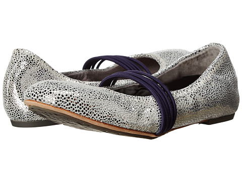 Tsubo - Honnor Metallic Crackle (Silver Leather) Women's Maryjane Shoes