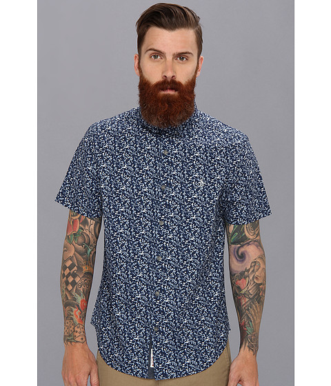 Original Penguin - Heritage Fit S/S Geo Camo Printed Shirt (Dress Blues) Men