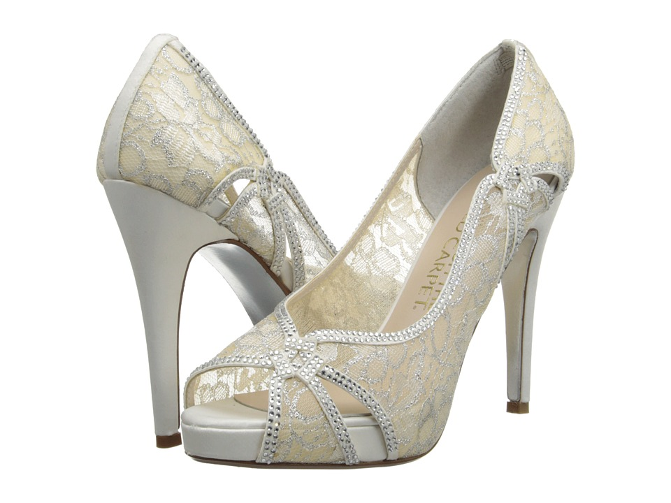 E! Live from the Red Carpet - Zandra (Ivory Lace) Women's Dress Flat Shoes