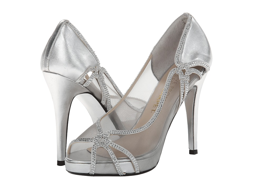 E! Live from the Red Carpet - Zandra (Silver Mesh) Women's Dress Flat Shoes