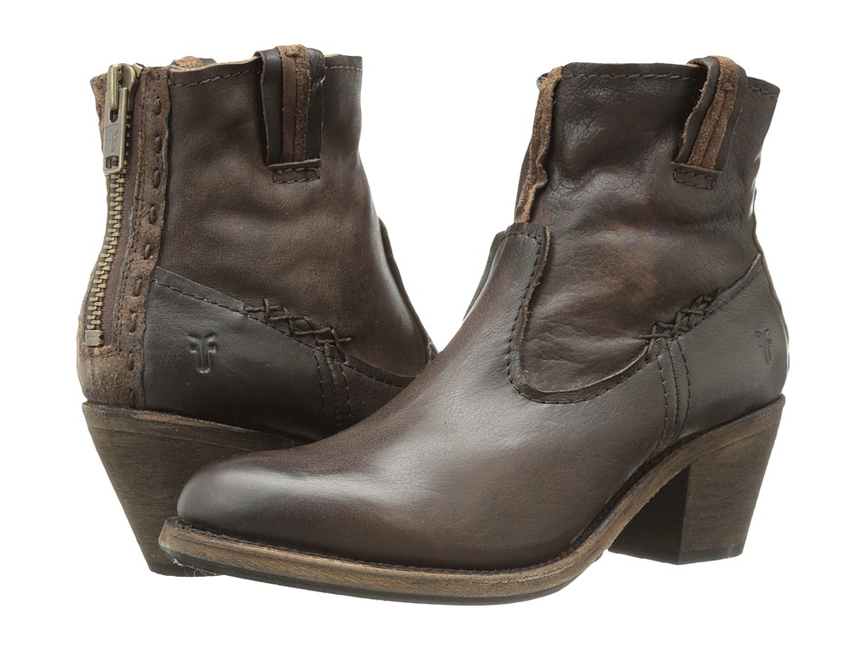 Frye - Leslie Artisan Short (Dark Brown Washed Vintage) Cowboy Boots