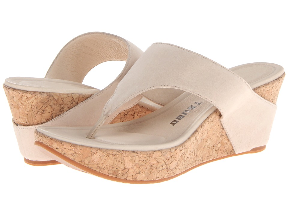Tsubo - Odelle (Buff Leather (Nubuck)) Women's Sandals