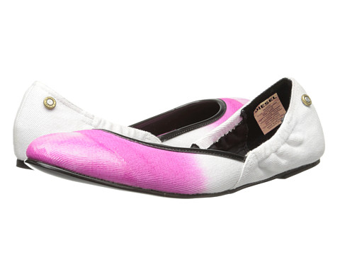 Diesel - Pointy Closin (Rose) Women's Flat Shoes