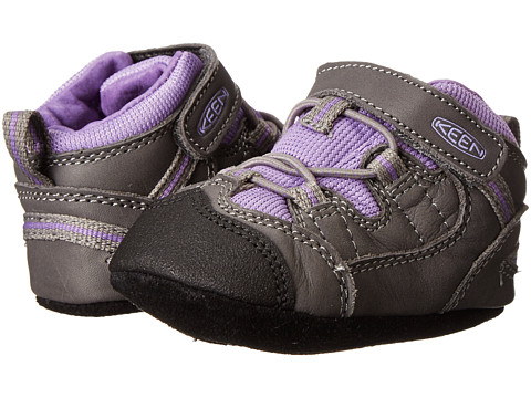 Keen Kids - Targhee (Infant) (Gargoyle/Purple Heart) Girls Shoes