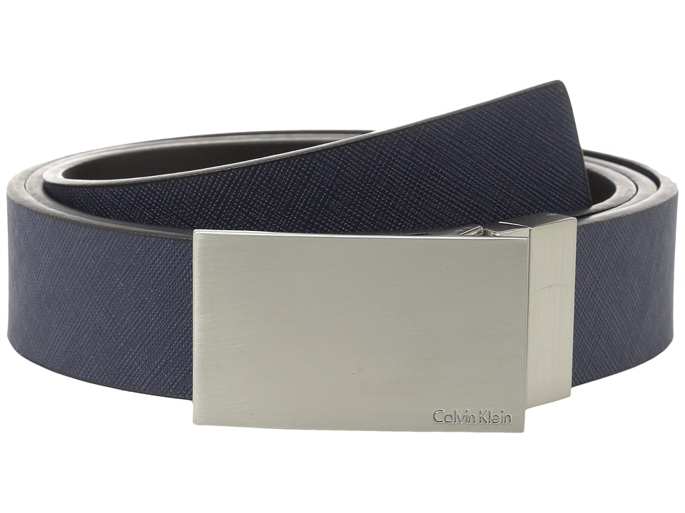 Calvin Klein - 32MM Reversible Flat Strap Plaque Buckle w/ Logo (Navy Black) Men's Belts