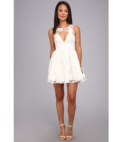 StyleStalker - Prom Date Dress (White) Women's Dress
