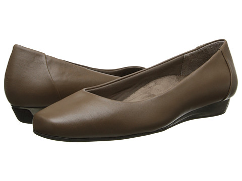 VIONIC with Orthaheel Technology - Sonoma Low Wedge Pump (Taupe) Women's Shoes