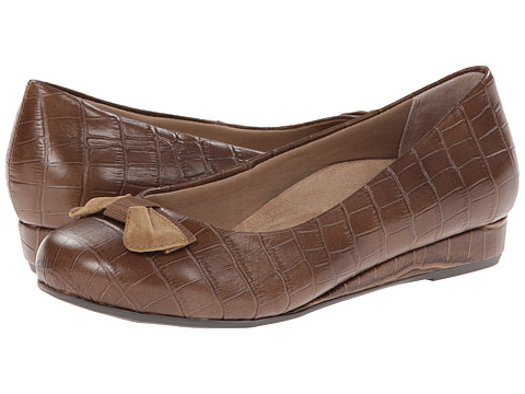 VIONIC with Orthaheel Technology - Lydia Low Wedge Pump (Bronze Crocodile) Women's Shoes