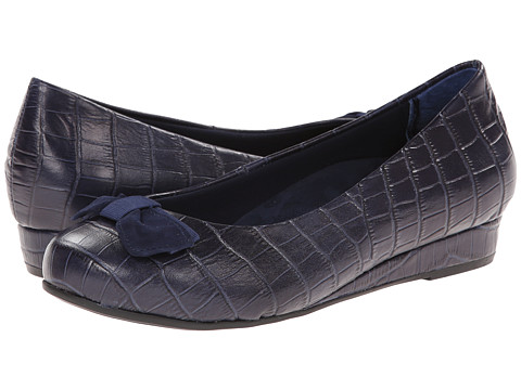 VIONIC with Orthaheel Technology - Lydia Low Wedge Pump (Navy Crocodile) Women's Shoes