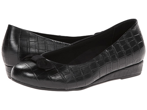 VIONIC with Orthaheel Technology - Lydia Low Wedge Pump (Black Crocodile) Women's Shoes
