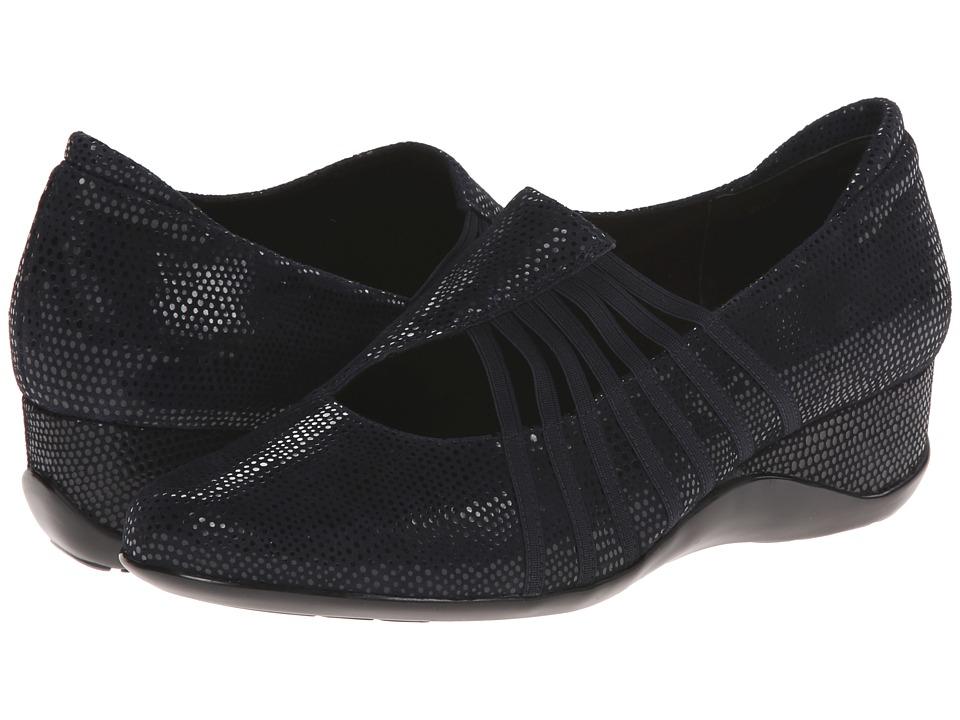 Vaneli - Chineka (Navy E-Print/Mtch Elastic) Women's Shoes
