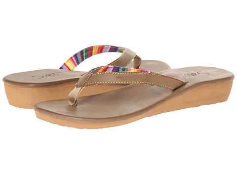 Scott Hawaii - Pena (Tan) Women's Flat Shoes