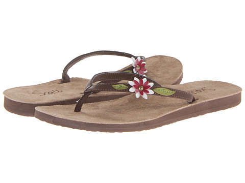 Scott Hawaii - Lehua (Brown) Women's Flat Shoes