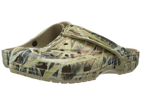 Crocs - Classic Mossy Oak SGB Clog (Khaki) Men