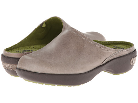 Crocs - Cobbler 2.0 Leather Clog (Taupe/Mahogany) Women's Clog Shoes
