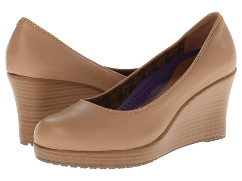 Crocs - A-Leigh Closed Toe Wedge (Buff-Walnut) Women's Wedge Shoes