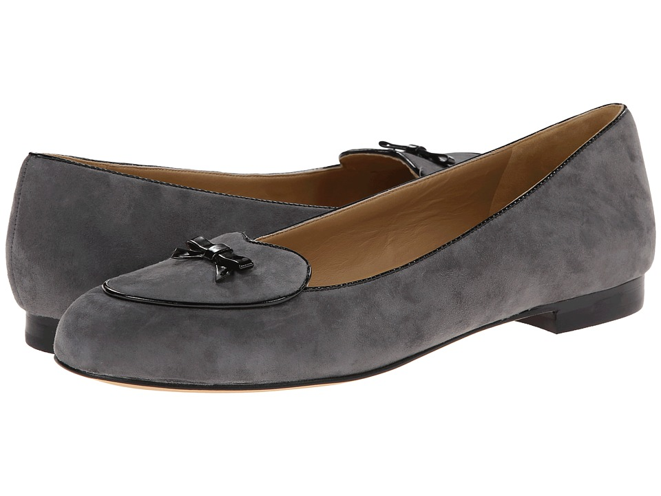 Trotters - Cheyenne (Dark Grey Kid Suede/Black Faux Patent Piping and Bow) Women's Flat Shoes