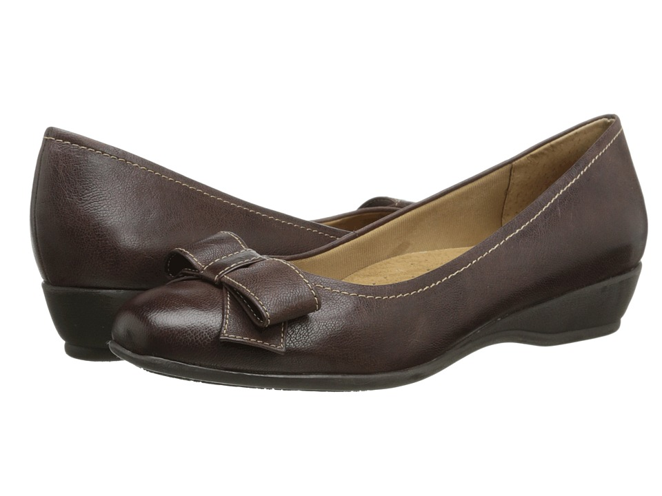 Trotters - Landry (Dark Brown Casual Veg Leather) Women