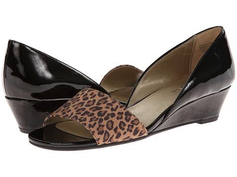Bandolino - Gerritsen (Black/Light Brown Multi Synthetic) Women's Wedge Shoes