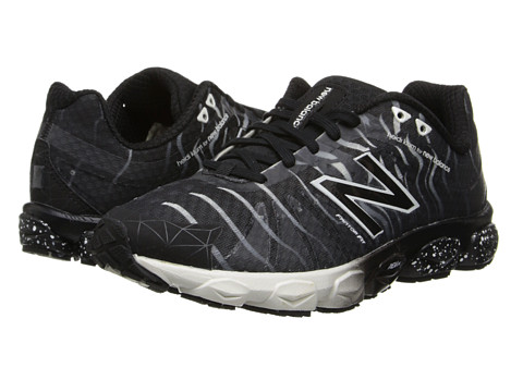 New Balance - W890v4 (Black) Women