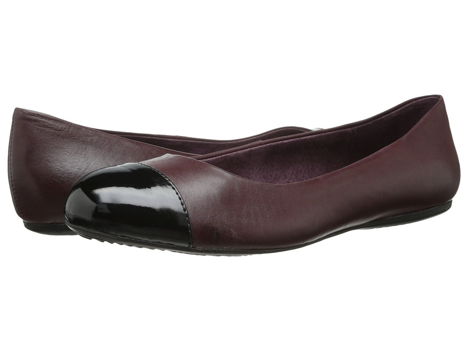 SoftWalk - Napa (Oxblood/Black Burnished Soft Kid/Patent Man Made) Women's Flat Shoes