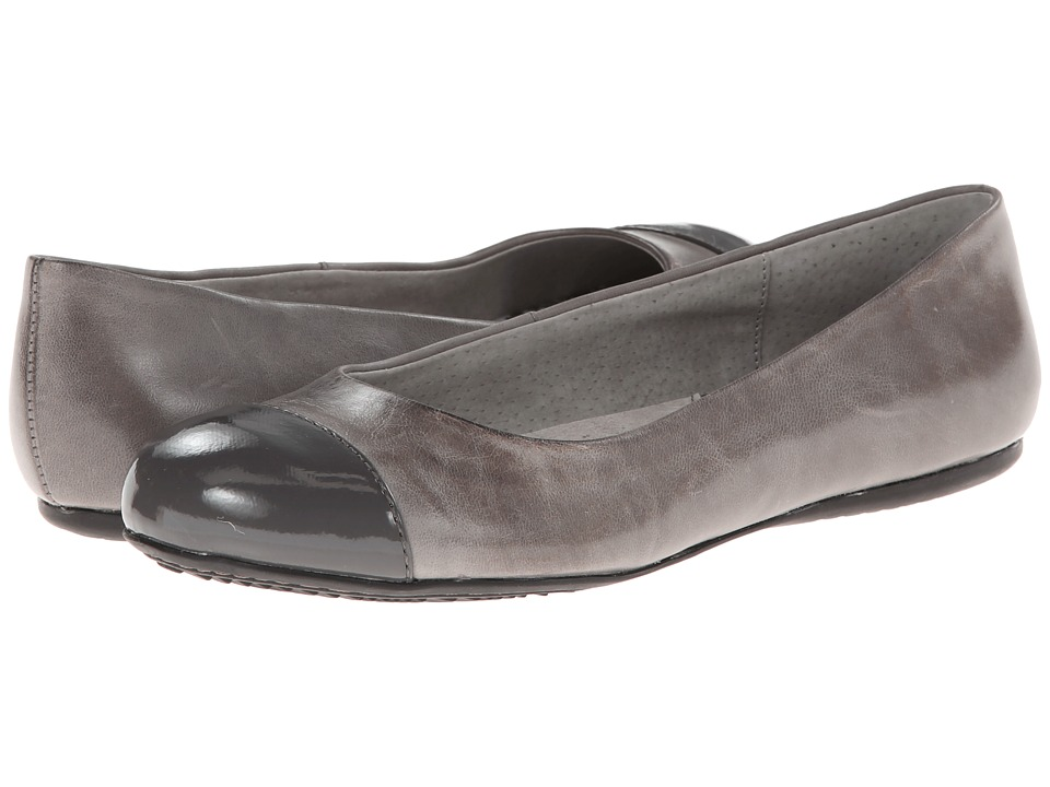 SoftWalk - Napa (Grey/Dark Grey Soft Dull Leather/Patent) Women's Flat Shoes