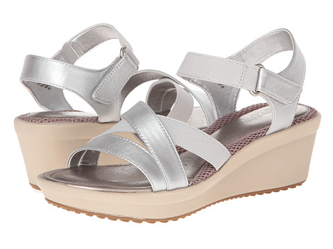 Easy Spirit - Carlee (Light Silver) Women's Sandals