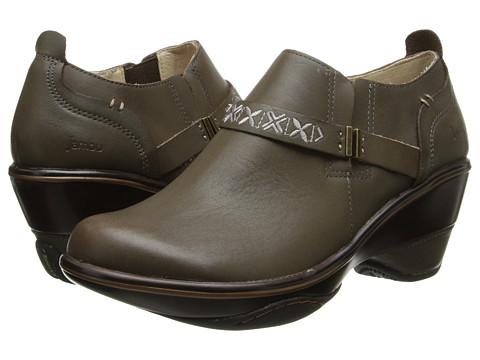 Jambu - Cambridge (Dark Taupe) Women's Shoes