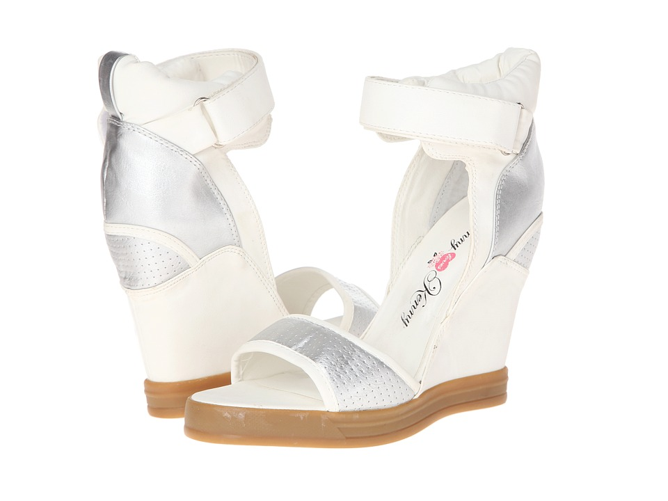 Penny Loves Kenny - Captive (White/Silver) Women's Wedge Shoes