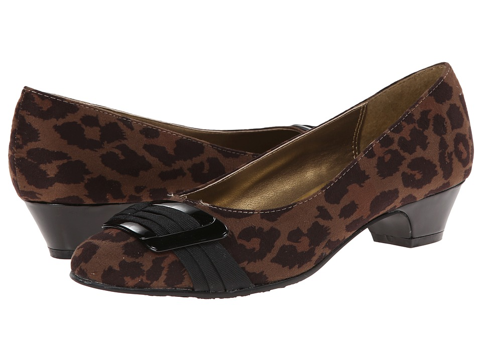 Soft Style - Pleats Be With You (Taupe Leopard/Black Grograin) Women's Slip on Shoes