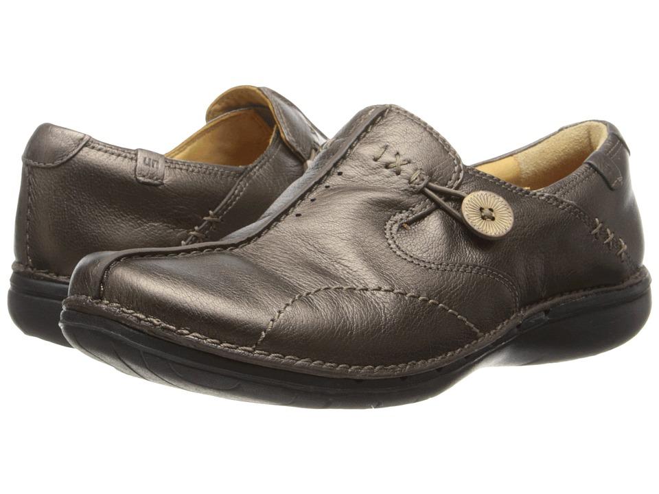 Clarks - Un.loop (Bronze Leather) Women's Slip on Shoes