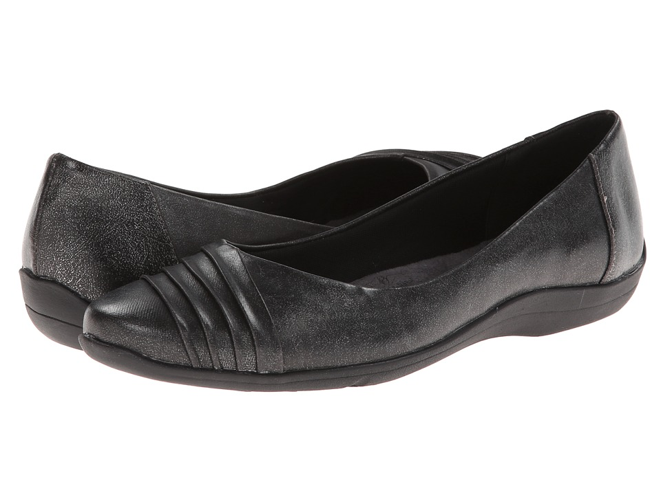 Soft Style - Hala (Pewter Loch Brushoff) Women's Shoes