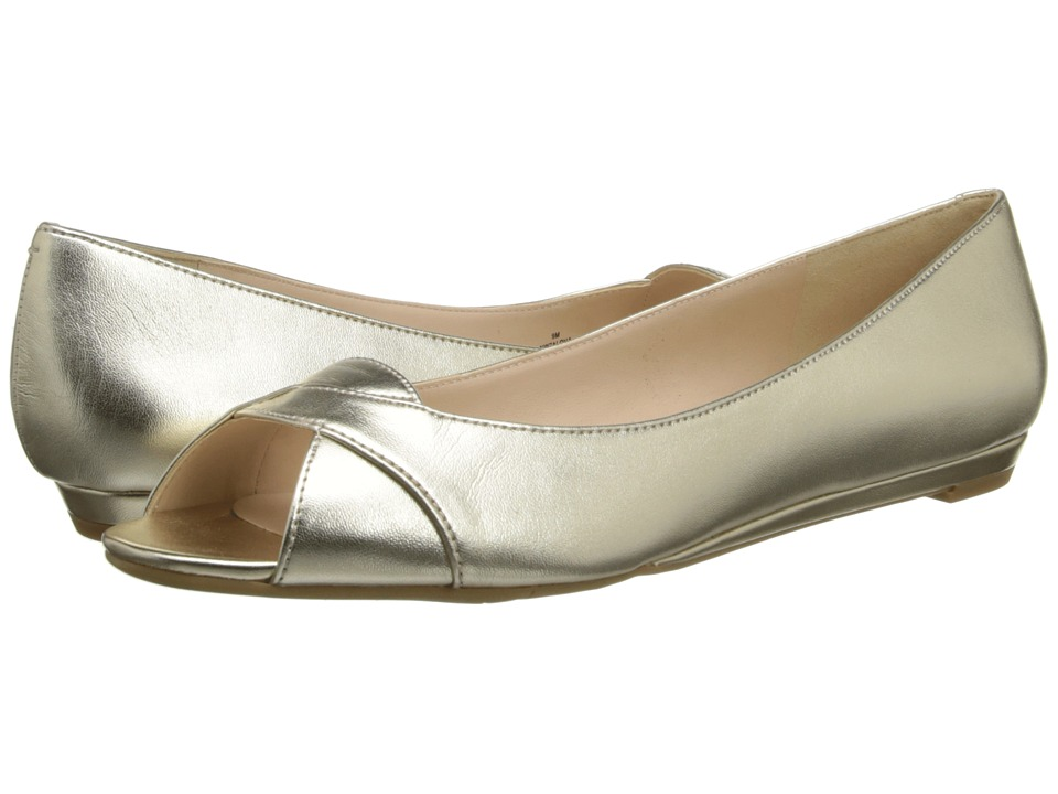 Nine West - Aloha (Gold Metallic) Women's Flat Shoes