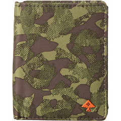 SALE! $8.99 - Save $15 on L R G Savages Camo Wallet (Olive Camouflage) Bags and Luggage - 62.54% OFF $24.00