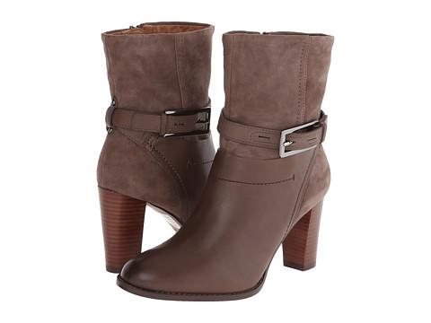 Clarks - Kacia Garnet (Dark Grey Leather/Grey Suede) Women's Boots