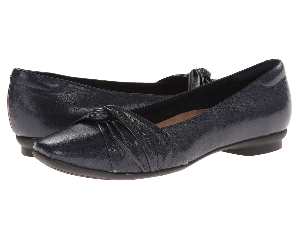 Clarks - Candra Gleam (Navy Leather) Women's Slip-on Dress Shoes