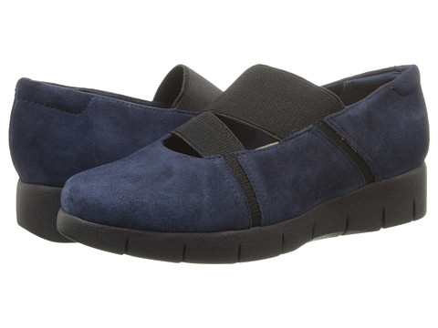Clarks - Daelyn Villa (Navy Suede) Women's Shoes