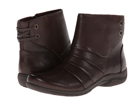 Clarks - Christine Tilt (Brown Leather) Women's Boots