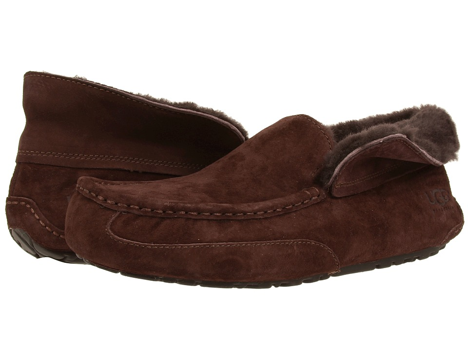 UGG - Grantt (Stout Suede) Men's Slip on Shoes