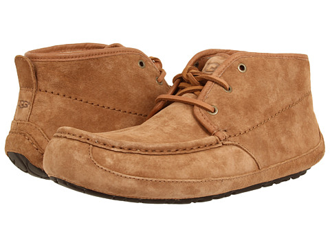 UGG - Lyle (Chestnut Suede '14) Men's Lace-up Boots