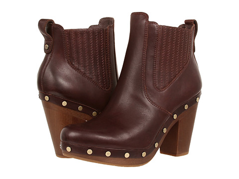 UGG - Carberry (Mahogany) Women's Boots
