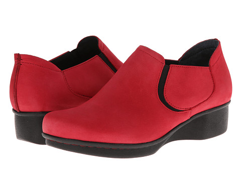 Dansko - Lynn (Red Nubuck) Women's Shoes