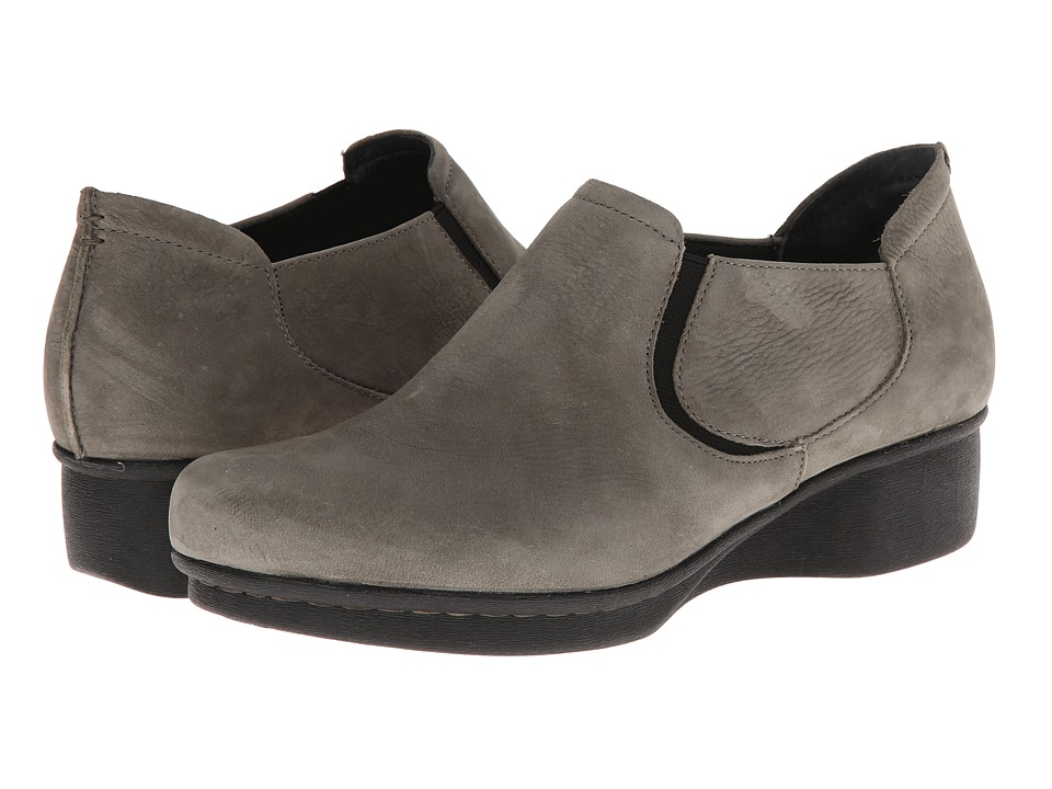 Dansko - Lynn (Khaki Nubuck) Women's Shoes