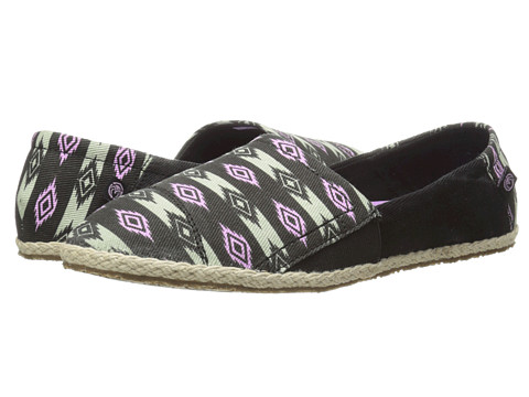 Ocean Minded - Espadrilla Slip-On (Black/Smoke) Women's Slip on Shoes