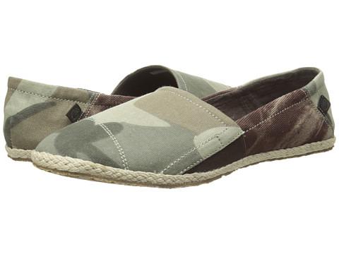 Ocean Minded - Espadrilla Slip-On (Camo/Espresso) Women's Slip on Shoes