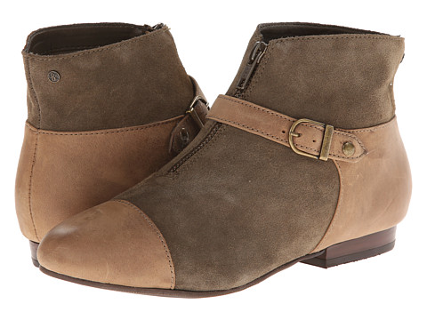 Bass - Genesis (Tan/Searock Suede) Women's Shoes
