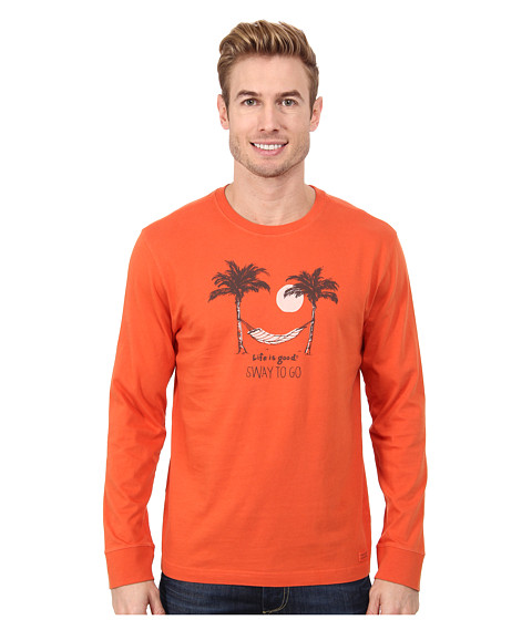 Life is good - Winter Beach Crusher L/S (Sway To Go Hammock/Bold Orange) Men's T Shirt