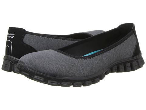SKECHERS - Roll-With-It (Black) Women's Slip on Shoes
