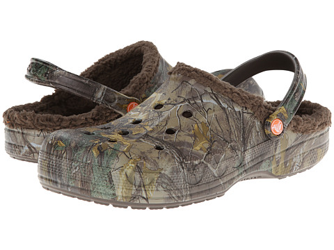 Crocs - Baya Lined Realtree Xtra (Chocolate/Chocolate) Clog Shoes